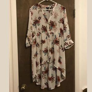 Torrid sheer floral tunic, NWOT